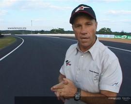 Randy Mamola dà un'occhiata al nuovo asfalto di Le Mans