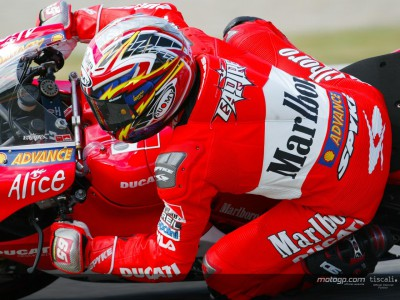 New suit for Capirossi at home race