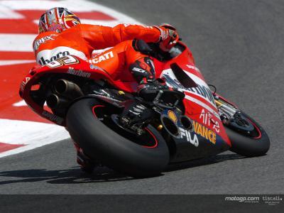 Equipas de MotoGP ficam em testes na Catalunha