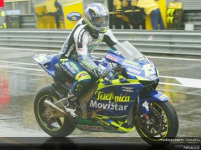 Gibernau maintains Assen reign