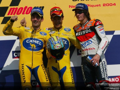 Tamada takes first win as Rossi and Gibernau crash