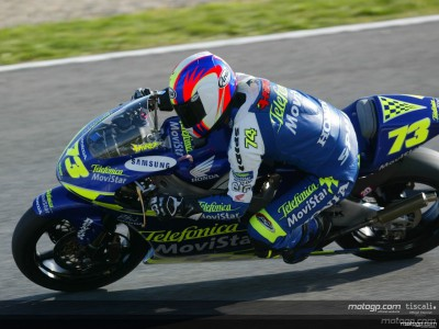 Aoyama fights back to 9th at Donington after early crash