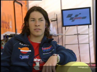 Nicky Hayden fulfilling his promise