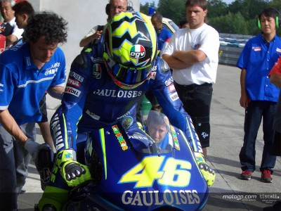 Rossi shows what a difference a day makes