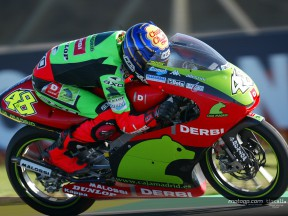 Gara scaramantica per Lorenzo all´Estoril