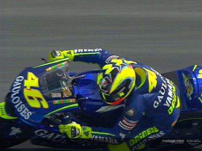 Rossi establishes early dominance at Estoril