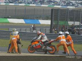 The crash according to Biaggi, Edwards and Hayden