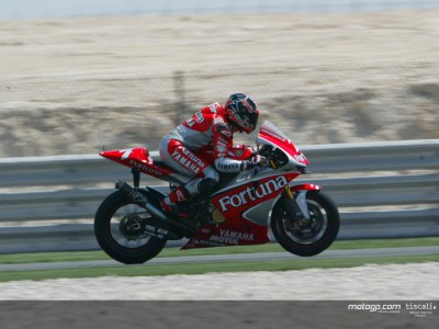 Checa erobert historische Pole in Qatar