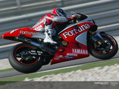 Fuel problems for Checa and Melandri