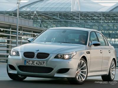 Schumacher mostra novo BMW em Valência