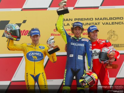 Rossi wins fitting final race at Valencia