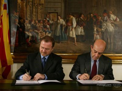 MotoGP unterschreibt Deal bis 2011 in Valencia zu bleiben