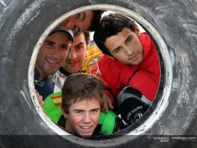 Los pilotos disfrutan del deporte en unas jornadas de convivencia
