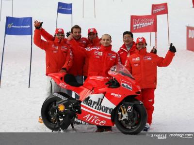 Ducati presenta la Desmosedici GP06