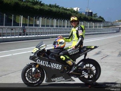 MotoGP testing resumes at Sepang