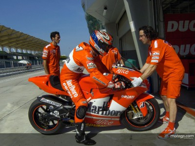 Ducati and Bridgestone put to the test in Sepang heat