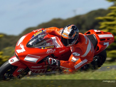 Checa steps up the pace for Ducati