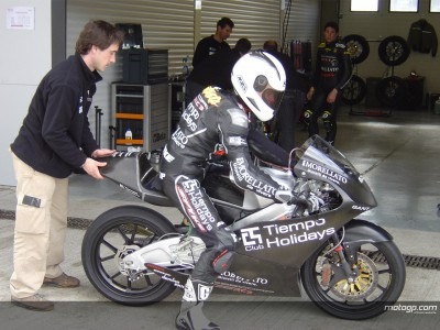 Tests continue at cold Jerez
