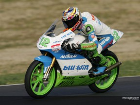 Lüthi bestimmt Tempo beim ersten Tag des offiziellen Tests der 125ccm