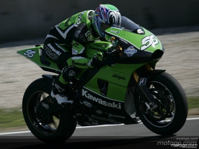 Kawasaki 's test hampered by electrical issues