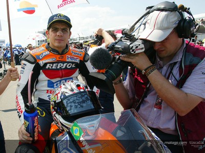Enjoy the 2005 MotoGP World Championship Live Coverage