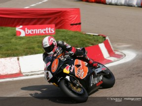 Bennetts British Superbike: Rutter takes the lead