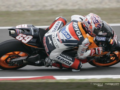 Hayden sets the pace in first free practice session