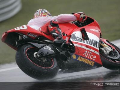 Ducati Marlboro Team vom Regen zurück geschlagen