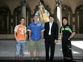 MotoGP riders take on cultural tour