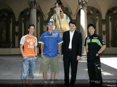 Les pilotes MotoGP s'offrent une visite culturelle