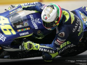 Rossi sets pole record for home Grand Prix