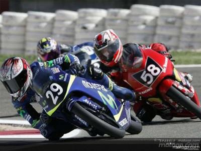 MotoGP Academy riders continue their apprenticeship in Valencia