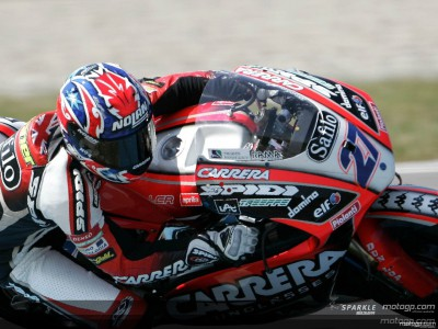Aprilia and Honda pack-up at Brno