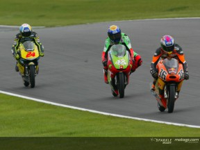 Donington 2004: Dovizioso consolidated lead with another win