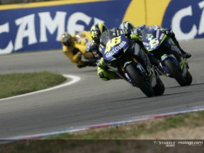 Rossi could seal the title in Japan