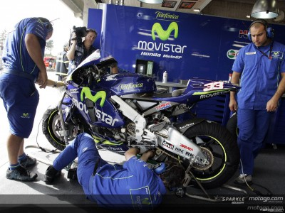 Biaggi and Gibernau test new Honda