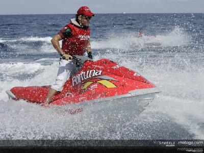 El Fortuna Racing Team realiza una travesía en motos de agua