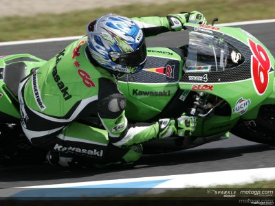 Double blow for Kawasaki on home soil