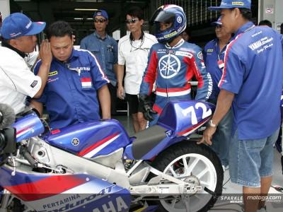 Doni Tata Pradit, un pilota indonesiano wild card in 125