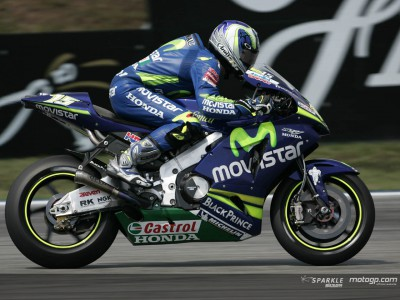 Gibernau, Pedrosa and Talmacsi quickest in cloudy warm-up