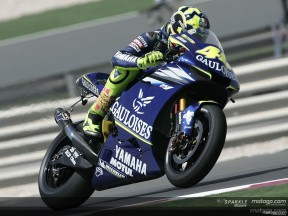Rossi returns to top form in Qatar