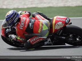 Lorenzo retains pole position