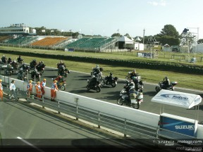 Phillip Island acolhe fãs de Barry Sheene