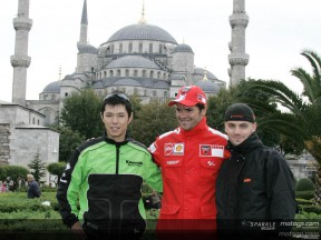 Checa and Nakano take tour of Istanbul