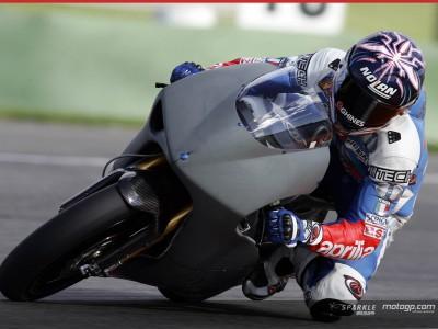 Aprilia Teams fahren nach Jerez