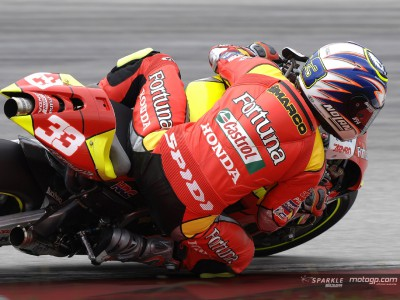 Melandri leads Honda charge at Sepang