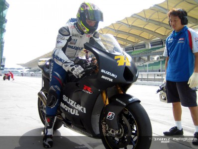 Work continues for the teams at day two of Sepang Test