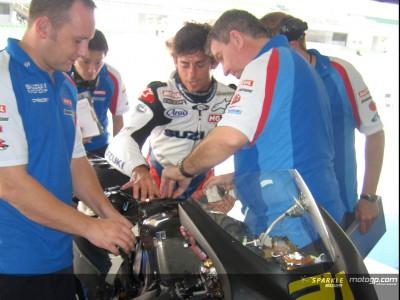 Suzuki MotoGP, qualche problema al rientro in pista