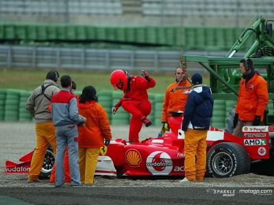 Rossi ai test di Formula 1, la pioggia lo ferma