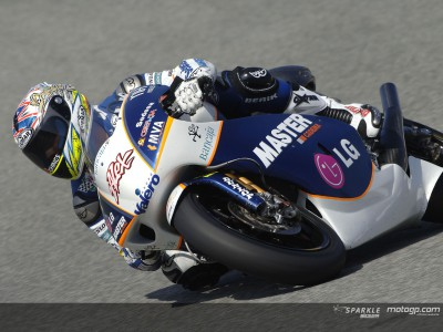 De Angelis makes first move in Jerez